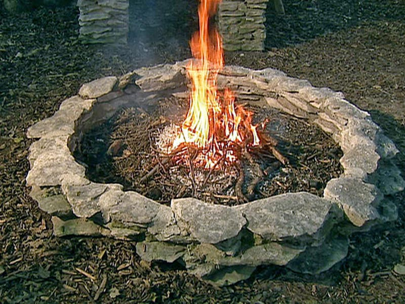 Large Fire Pit Means A Large Party Fire Pit Landscaping